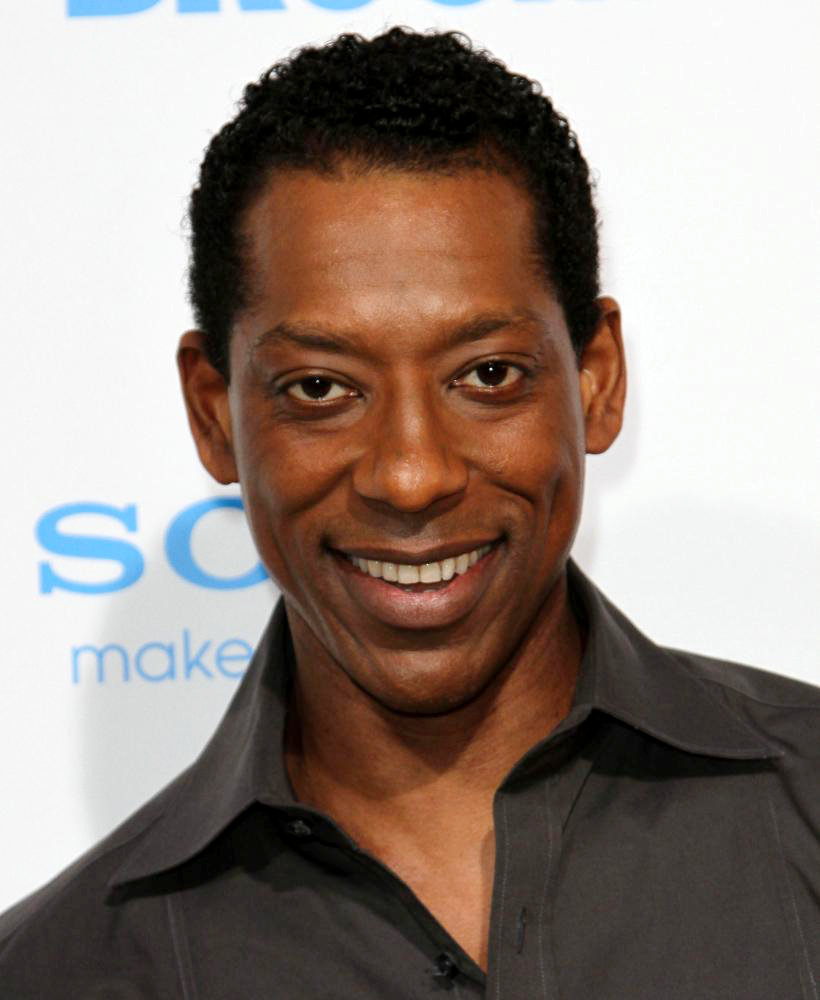 The 49-year old son of father (?) and mother(?), 180 cm tall Orlando Jones in 2017 photo