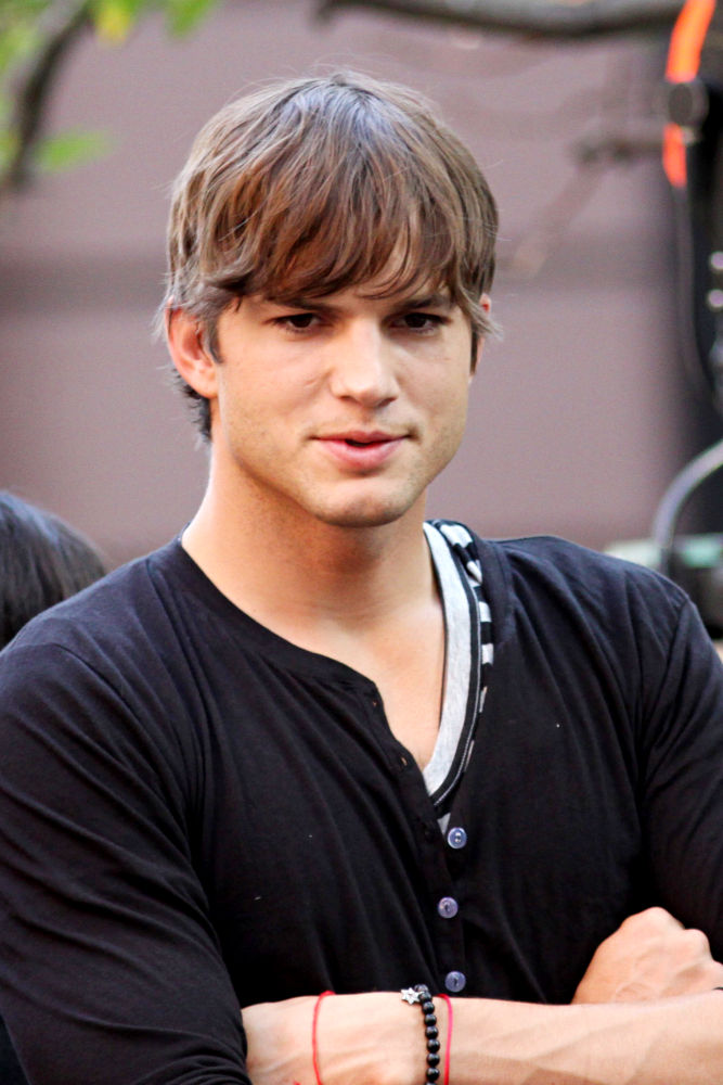 Ashton Kutcher - Photo Colection