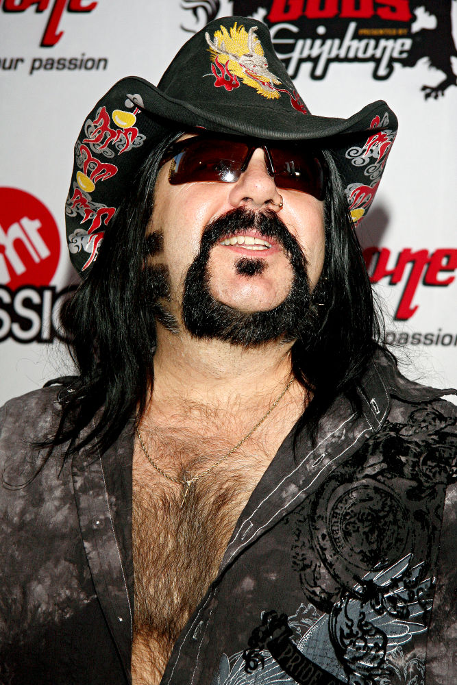 how tall is vinnie paul