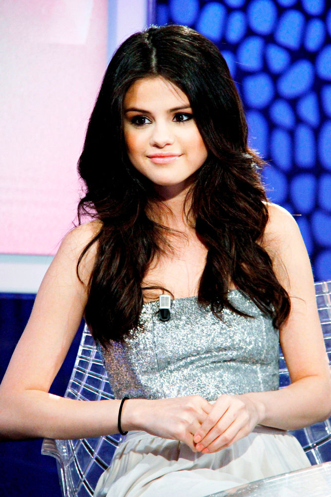 selena gomez 18 birthday. Selena Gomez is refusing to mark her 18th birthday with a big party - she is