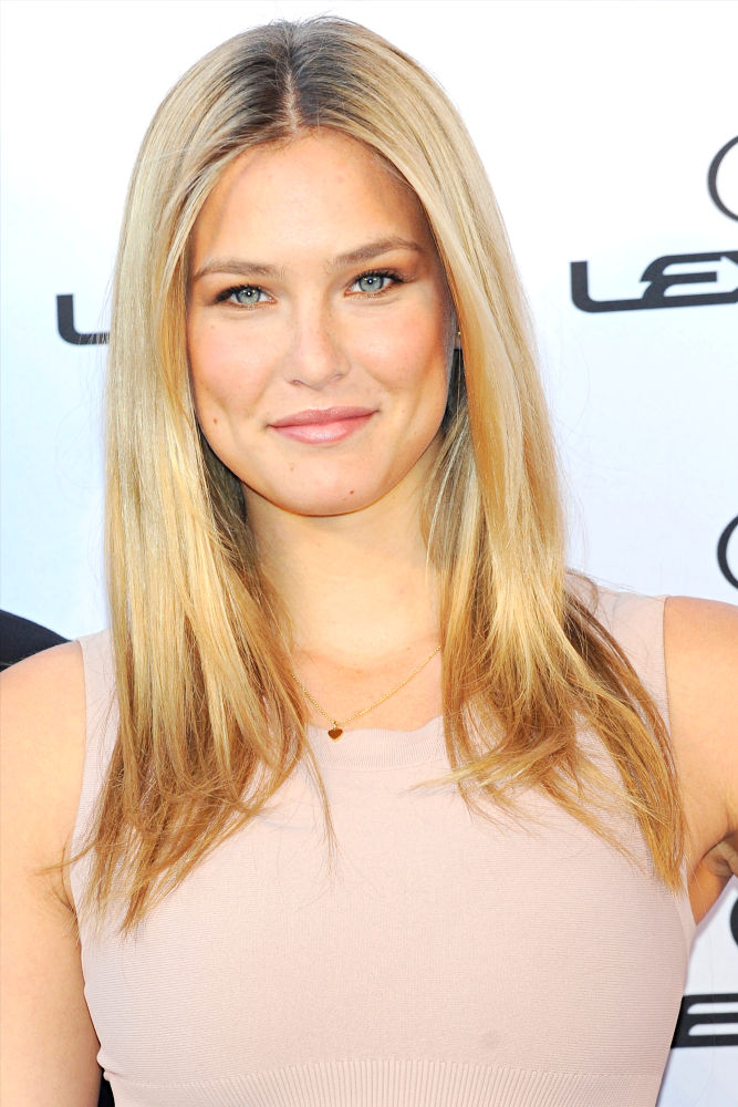 bar refaeli size. Bar Refaeli