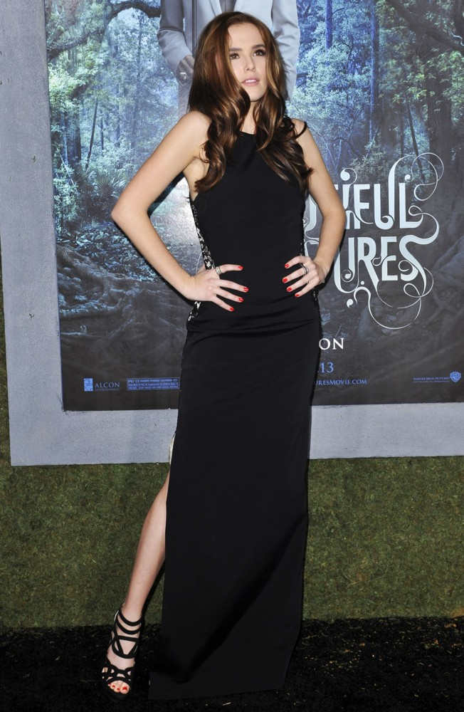 Zoey Deutch Picture 8 - Beautiful Creatures Los Angeles ... Zoey Deutch Beautiful Creatures Premiere